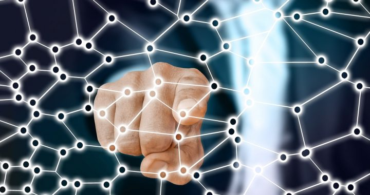 La democracia al servicio del algoritmo ¿Es ético manipular las redes sociales para ganar una elección?